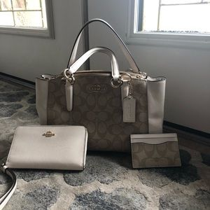 Coach bag set